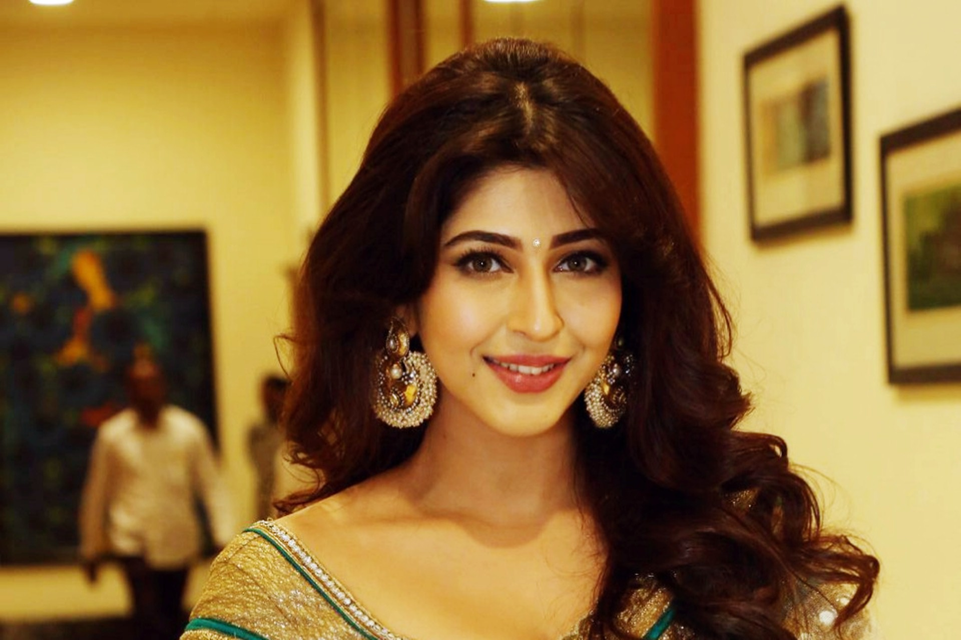 Sonarika Bhadoria HD Wallpapers 01503