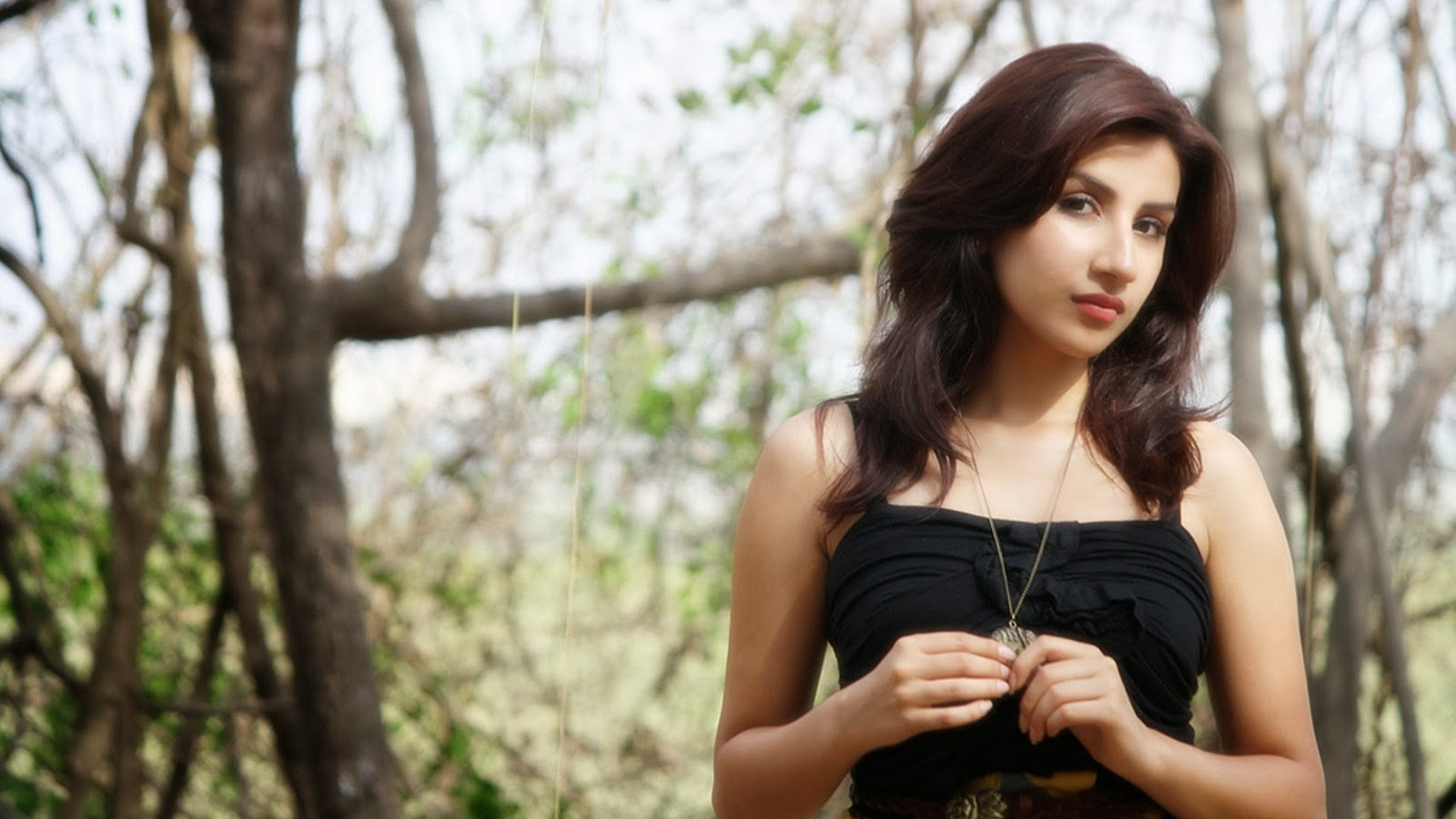 Parul Gulati Best Wallpaper 13135