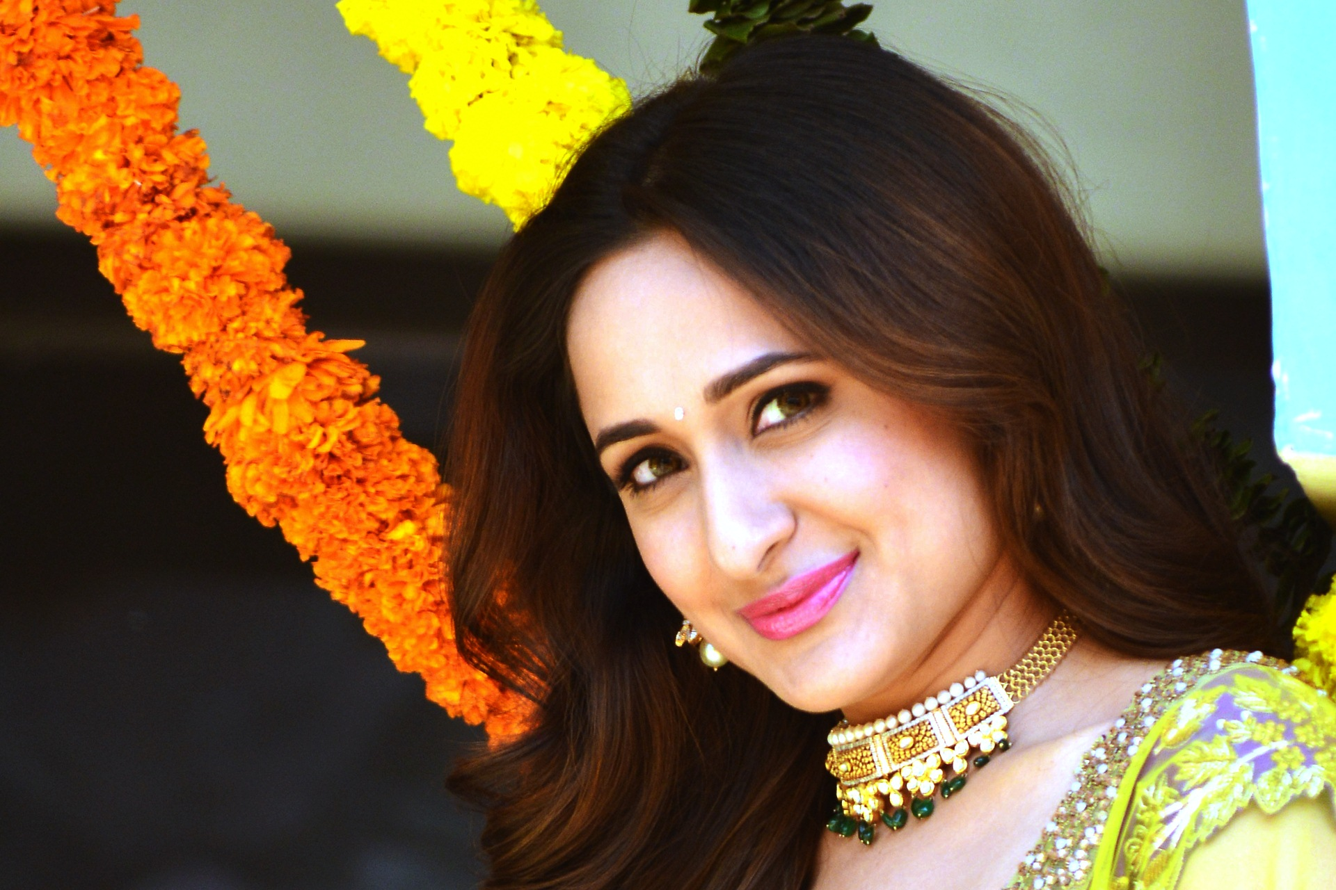 Cute Pragya Jaiswal Wallpaper 14676